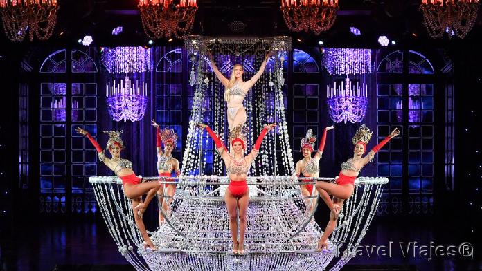 Le Lido Cabaret Show París Francia