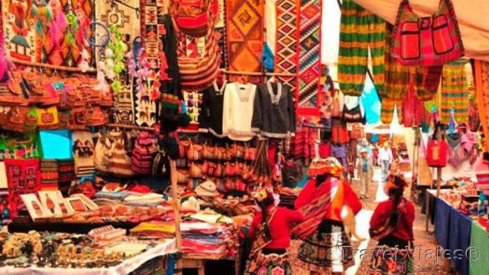 Mercado de Pisac Valle Sagrado Perú