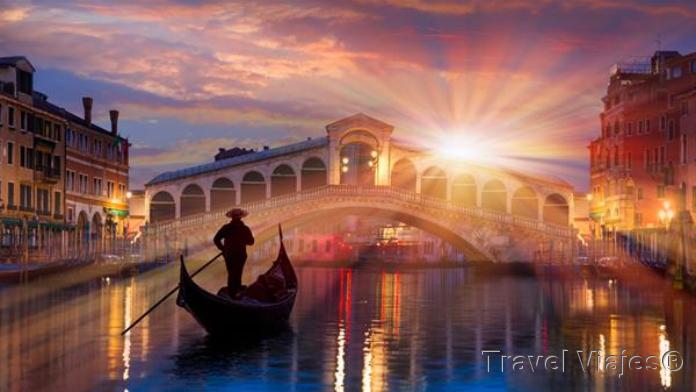 Pasear en Góndola en Venecia Italia