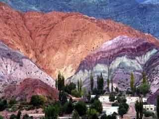 argentina-purmamarca-el-cerro-de-los-siete-colores-1006.jpg