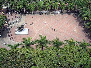 colombia-pereira-plaza-bolavar-pereira-colombia-889.jpg
