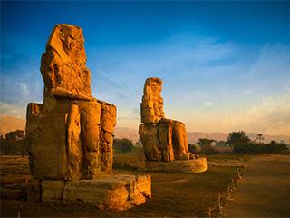 Egipto Luxor Los Colosos De Memnon