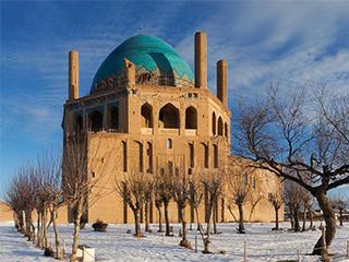 iran-zanjan-soltaniyeh-dome-570.jpg
