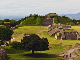 mexico-oaxaca-monte-alban-195.jpg