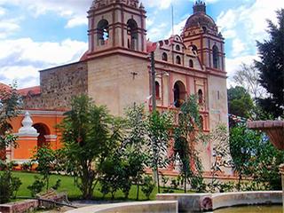 mexico-oaxaca-san-jeronimo-tlacochahuaya-397.jpg