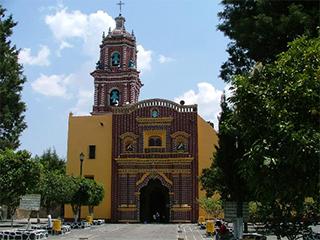mexico-puebla-templo-de-sta-maria-tonanzintla-146.jpg