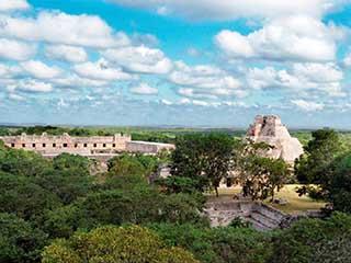 mexico-yucatan-uxmal-364.jpg