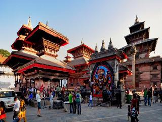 nepal-kathmandu-plaza-square-643.jpg