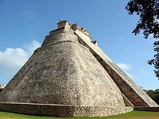 mexico-yucatan-uxmal-362.jpg